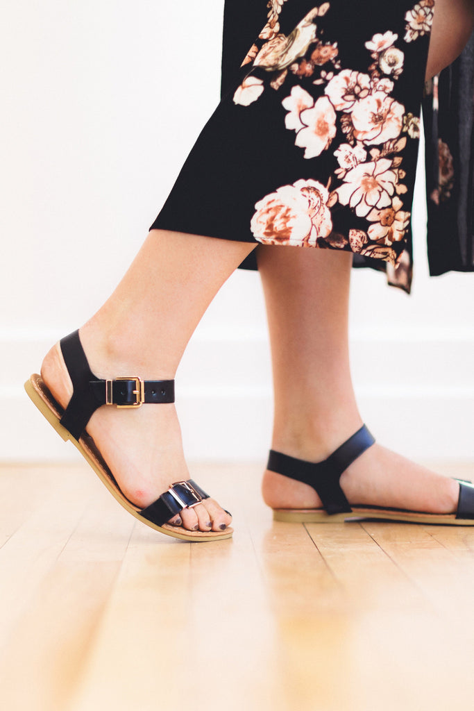 The Naomi Sandal in Black