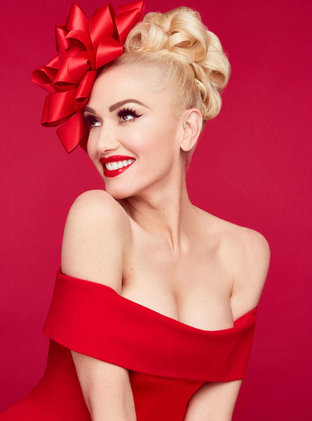 GWEN STEFANI CHRISTMAS PHOTOSHOOT