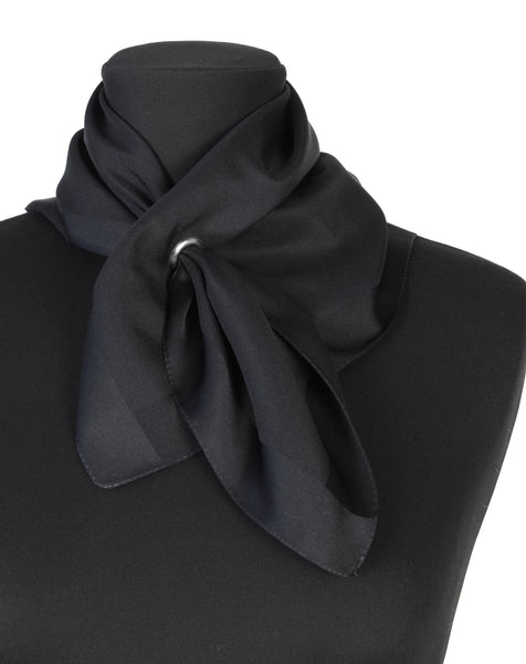 BLACK BANDANA WITH EYELET