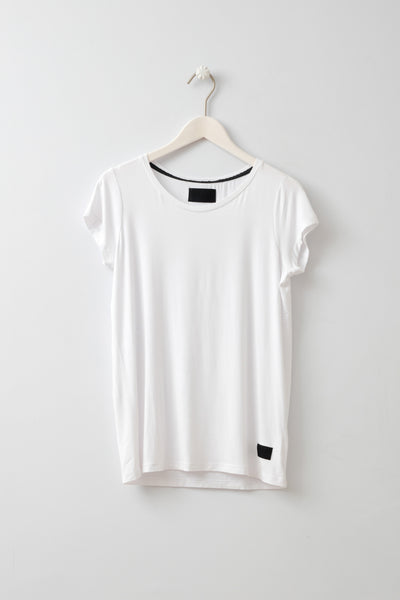 Witta White T-Shirt by Minimum