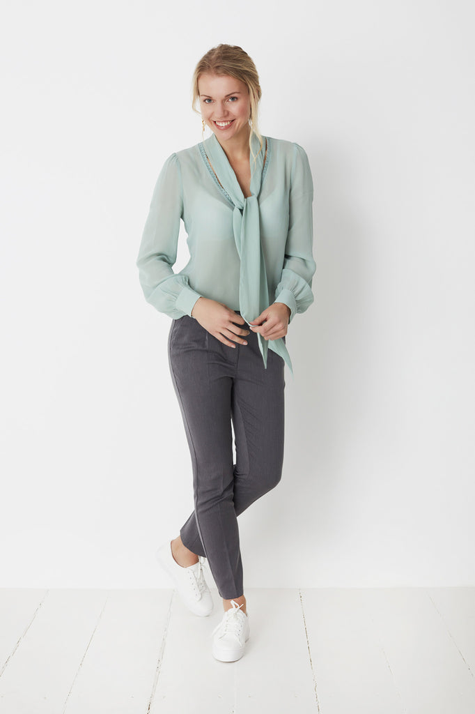 Cianna Grey Trousers by Minimum