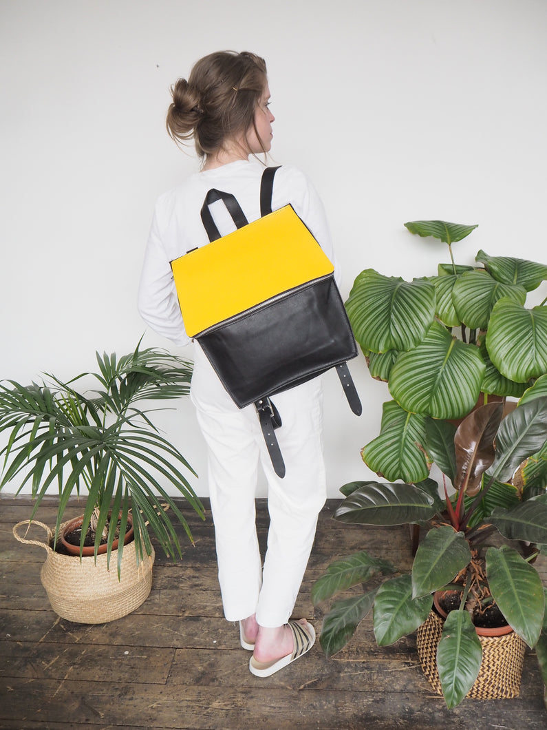 Hexagon Backpack - yellow
