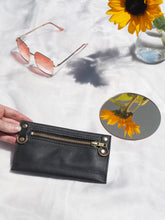 Black Purse with Detachable Chain