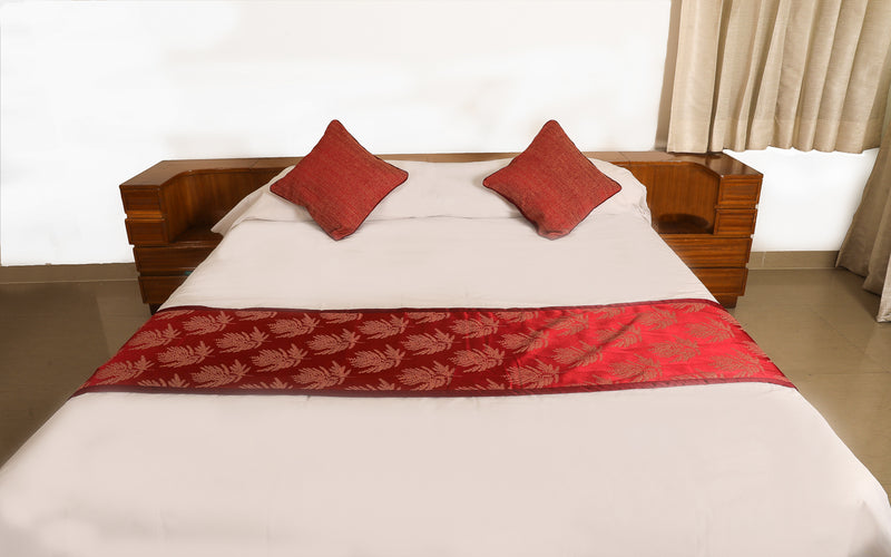 Red Bed Runner 18x90 with Cushion Covers 16x16(SI_RF_01)