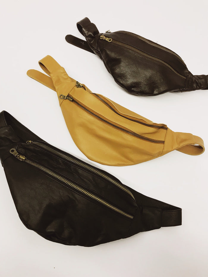 Leather Moonbag