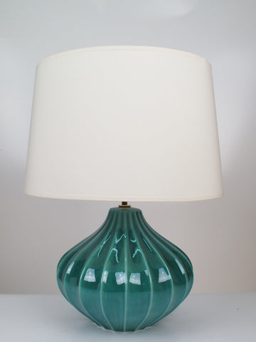 IG040L Garlic Lamp Medium Aqua