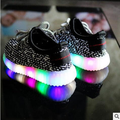 NEW Fashion LED Sporty Shoes
