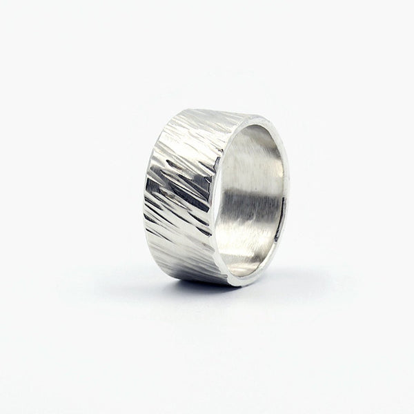 men's woodgrain textured wedding band