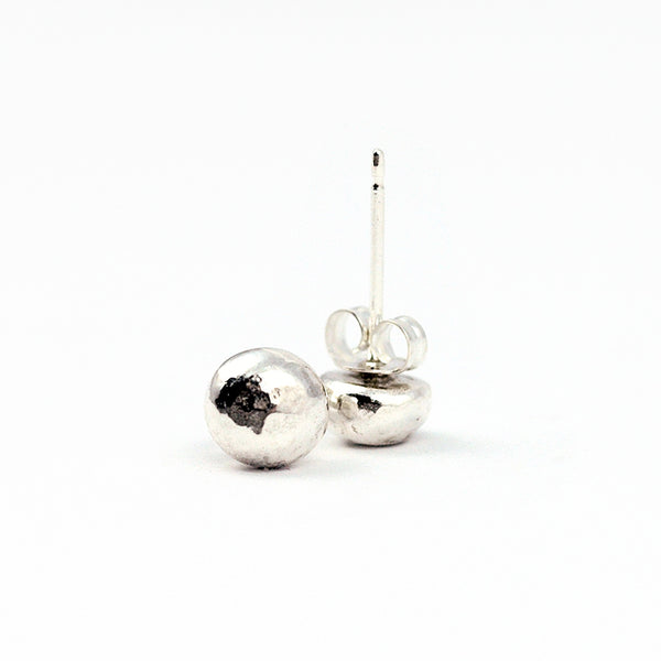 sterling silver hammerd stud earrings for every day
