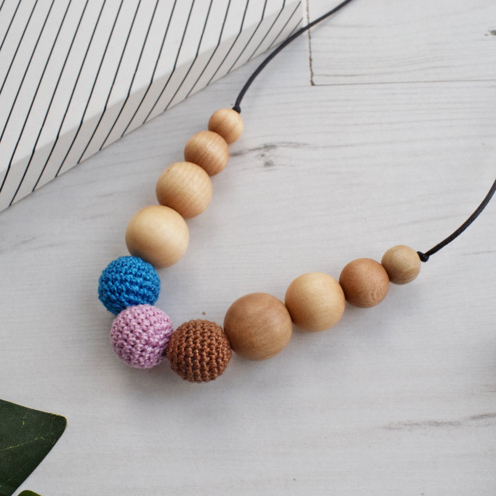 Balmoral: Highland Fling Wooden Teething Necklace, Beech