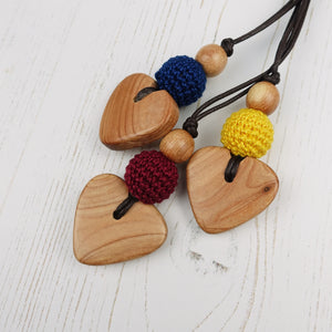 Handel: Baroque Wooden Teething Necklace, Juniper - Pebbles and Lace
