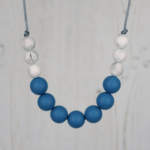 Niagara Falls: Bubbles Teething Necklace - Pebbles and Lace