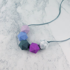 Andromeda: Five Stars Teething Necklace - Pebbles and Lace