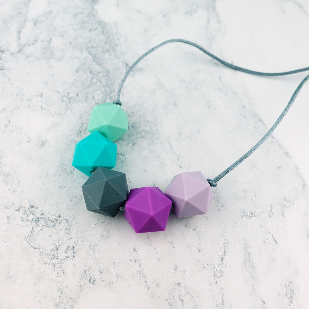 Cassiopeia: Five Stars Teething Necklace