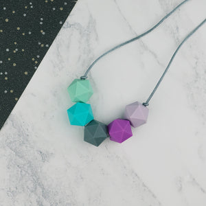 Cassiopeia: Five Stars Teething Necklace - Pebbles and Lace