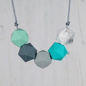 Auriga: Five Stars Teething Necklace - Pebbles and Lace
