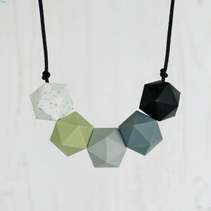 Perseus: Five Stars Teething Necklace - Pebbles and Lace