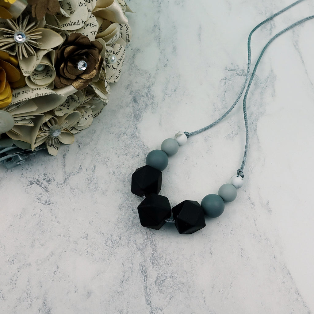 Midnight Petunia: Flora Teething Necklace