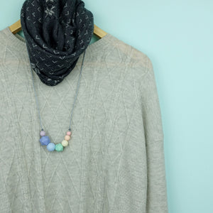 Maya: Inspirations Teething Necklace - Pebbles and Lace