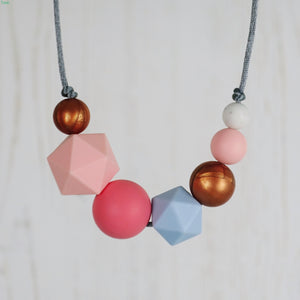 Rita: Inspirations Teething Necklace - Pebbles and Lace