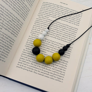 Calypso: Lunar Teething Necklace - Pebbles and Lace