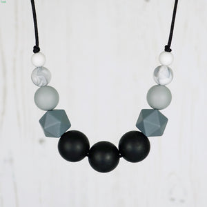 Nyx: Odyssey Teething Necklace - Pebbles and Lace