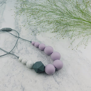 Magpie: Sky High Teething Necklace - Pebbles and Lace