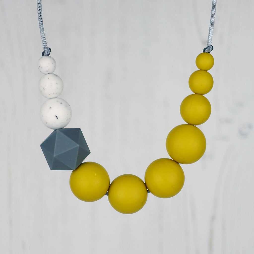 Woodpecker: Sky High Teething Necklace