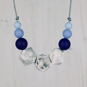 Altair: Stellar Teething Necklace - Pebbles and Lace