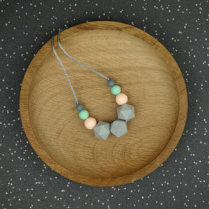 Arcturus: Stellar Teething Necklace - Pebbles and Lace
