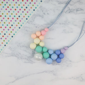 Wonderland: Woven Honesty Teething Necklace - Pebbles and Lace