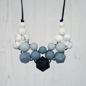 Black Diamond: Woven Silicone Teething Necklace - Pebbles and Lace