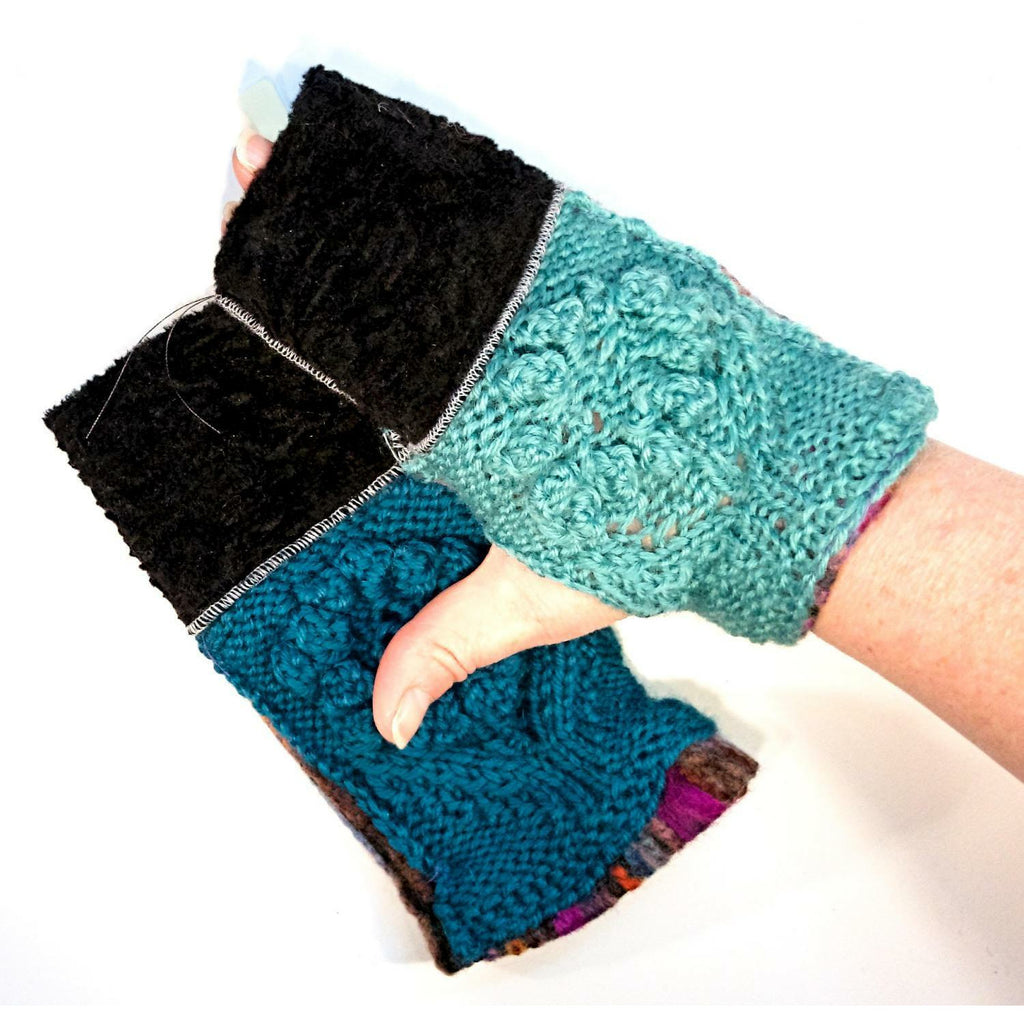 Hand knit fromt panels fingers free fingerless texting gloves