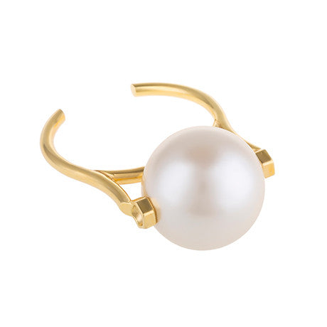STATEMENT LARGE PEARL CUFF