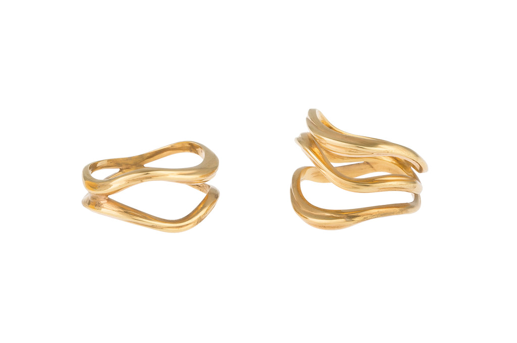 FEMININE WAVES SET OF TWO RINGS