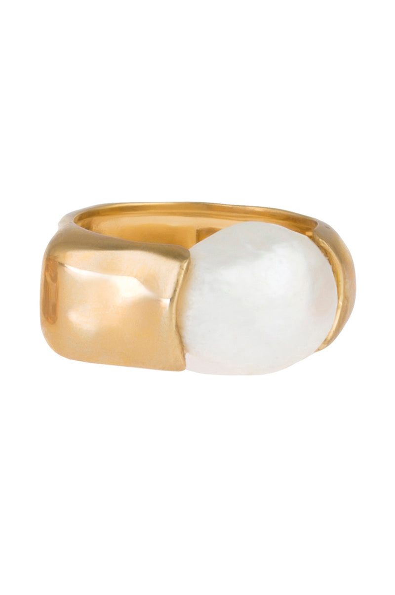 FEMININE WAVES PEARL LARGE RING