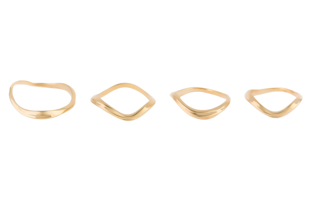 FEMININE WAVES SET OF FOUR RINGS