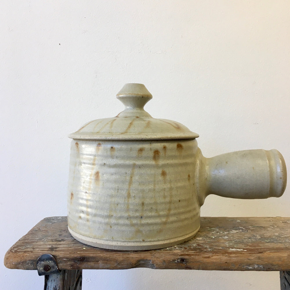 Vintage Soup Bowl with a Lid - 1.5L