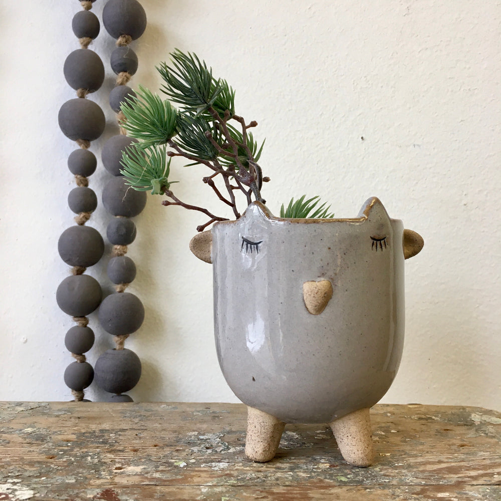 Little Lamb Pot - Grey