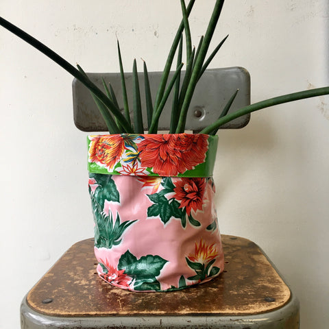 Reversible Oil Cloth Planter Sleeve - Pink/Green