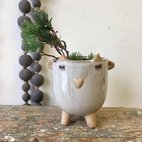 Little Lamb Pot- White