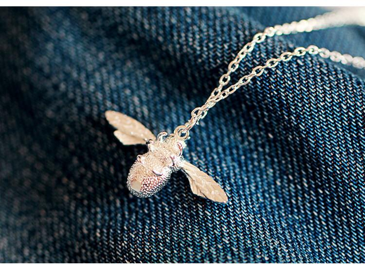 Cute Little Bee Pendant Necklace