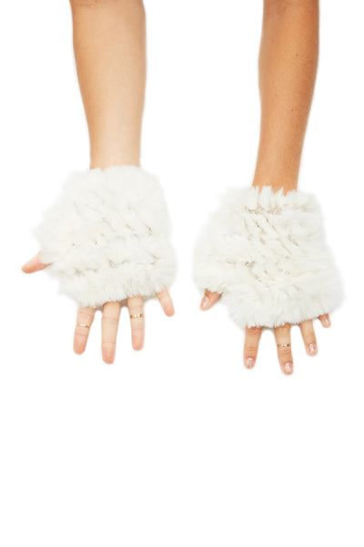 The Faux Fur Mandy Mitten - Ivory
