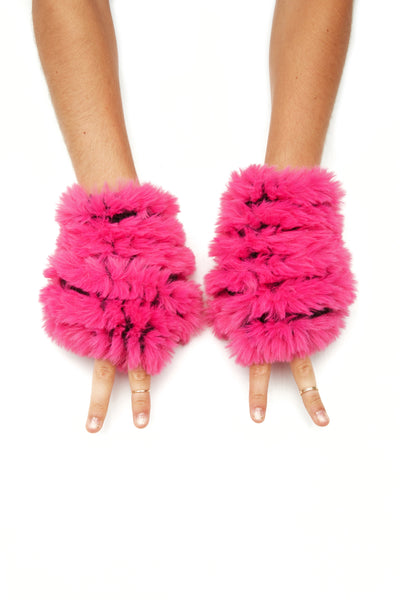 The Faux Fur Mandy Mitten - Hot Pink