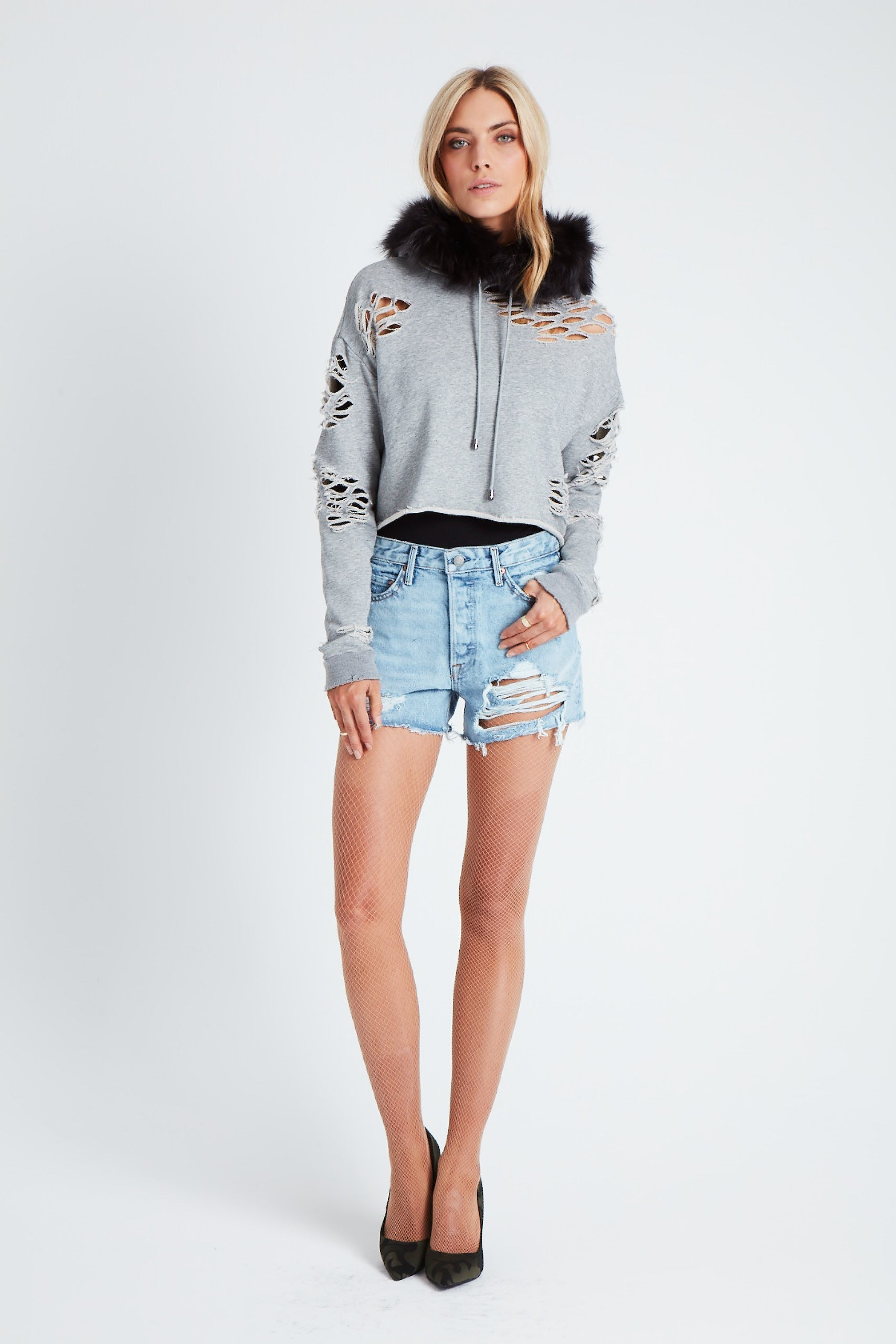 The Cropped Cluster Star Sweatshirt - Light Grey