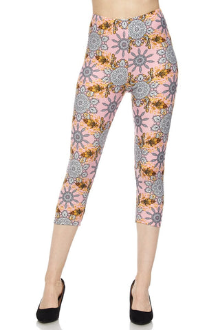 PLUS SIZE BUTTERY SOFT GORGEOUS PINK MOTIF CAPRIS