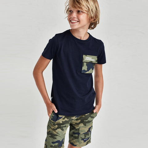 Camouflage shorts with side pocket
