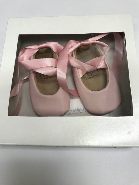 Pink Infant Crib Shoes by Caramelle Blu