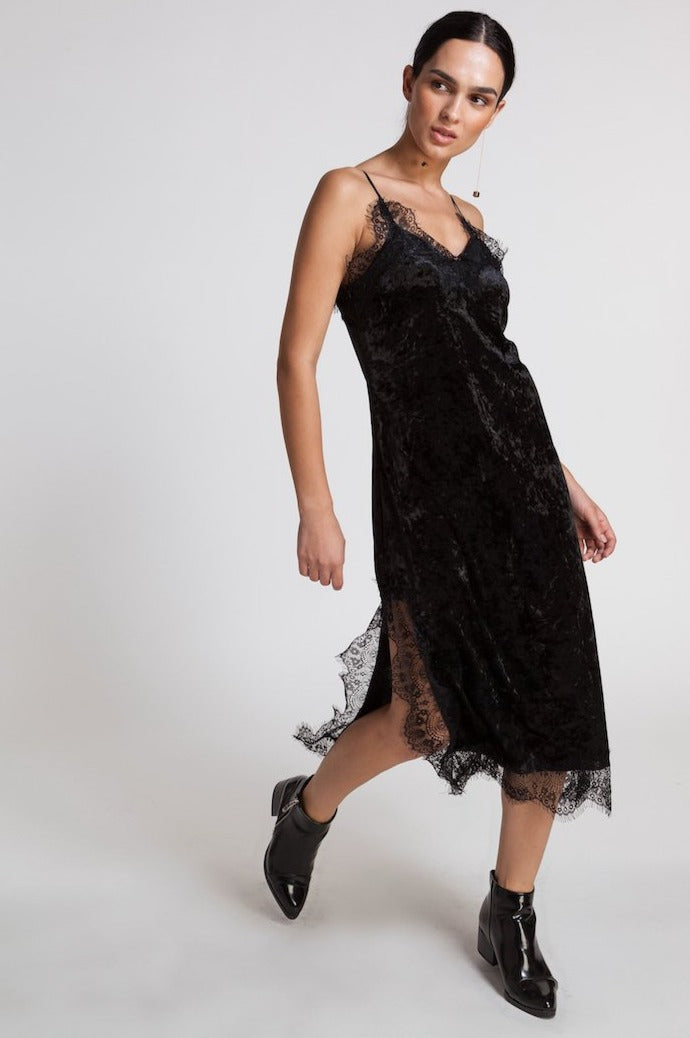 85604 VIKA VELOUR LACE DRESS