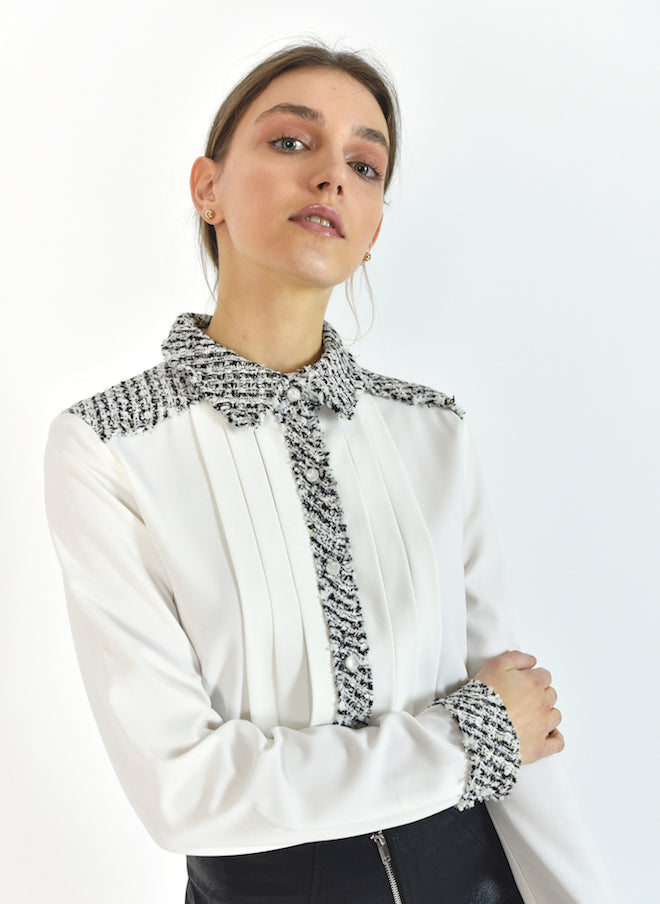 87124 Joa Tweed Lined White Blouse